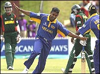 Bangladesh lost by 10 wickets to Sri Lanka