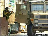 Israeli soldier during searches in Nablus