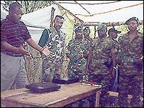 Pierre Nkurunziza (l) with FDD fighters