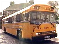 Yewllow bus in Hebden Bridge