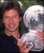 Imran Khan poses with the World Cup