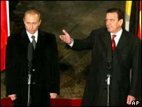 President of Russia Vladimir Putin and the German Chancellor Gerhard Schroeder