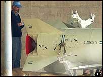 UN inspector and al-Samoud missile