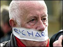 Richard Wilson in anti-war protest