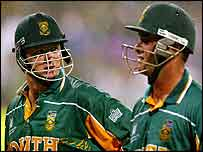 Lance Klusener (left) and Mark Boucher