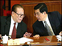Hu Jintao(r) and Jiang Zemin (l)