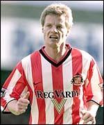 Sunderland midfielder Stefan Schwarz