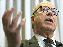 Dr Hans Blix, chief UN weapons inspector