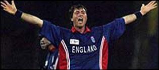 Ronnie Irani, England cricketer