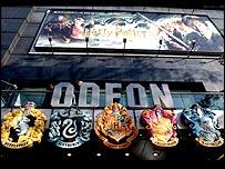 Das Odeon am Leicester Square in London ist weltbekannt als Premierenkino der Harry Potter Filme