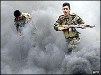 Kurdish fighters train in northern Iraq