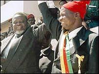 President Kumba Yala (right)