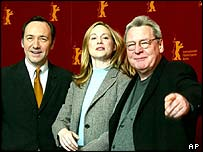 Alan Parker with Kevin Spacey and Laura Linney