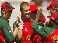 Heath Streak takes a wicket against Sri Lanka