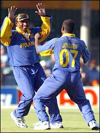 Aravinda de Silva and Sanath Jayasuriya celebrate