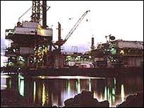 Nigeria oil platform