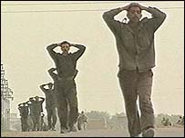 Iraqi soldiers surrender