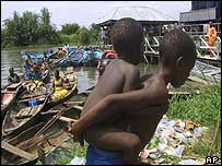 Fleeing villagers arrive in Ogbe-Ijoh
