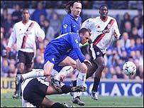 Morris rides a challenge at Stamford Bridge