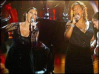 Zeta Jones performed with Queen Latifah