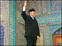 Saddam Hussein welcome worshippers at the main shrine