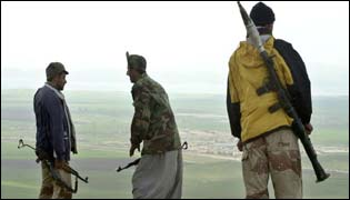 Kurdish fighters overlook Iraqi positions near Dohuk
