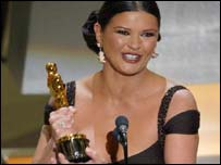 Catherine Zeta Jones wins the Oscar