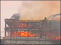 West Pier fire, 28 March 2003 - part of the pier collapses