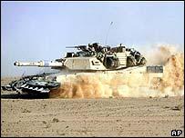 An Abrams tank in the Iraqi desert