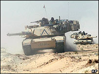 US tanks move north near Karbala on 2 April