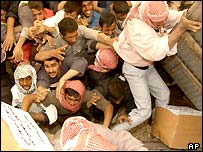 A chaotic aid distribution in southern Iraq