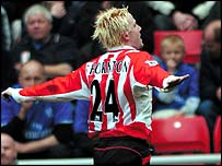 Sunderland midfielder Sean Thornton celebrates his opener
