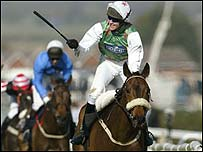 Barry Geraghty and Monty's Pass winning the Grand National
