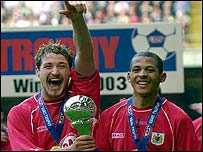 Bristol City's goalscorers Lee Peacock and Liam Rosenoir