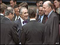 From left to right: British Ambassador to the UN Jeremy Greenstock, Spanish Ambassador Inocencio Arias and US Ambassador John Negroponte