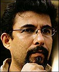 Oops director Deepak Tijori