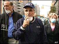 Giuliani visiting World Trade Centre site