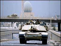 A US tank in Baghdad