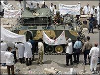 Iraqis protest in Basra