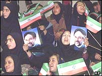 Girls cheer for Khatami during elections in 2000