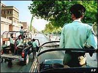 Patrol in Karachi after killing of Maulana Saleem Qadri, May, 2001