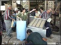 Baghdad looters