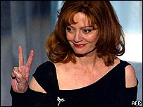 Susan Sarandon at the 2003 Academy Awards
