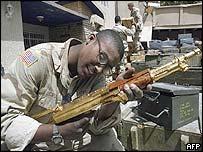 US marine inspects gold-plated Kalashnikov