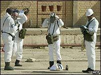 UN inspectors at suspected weapon site