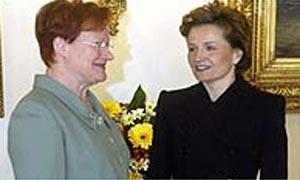 President Tarja Halonen with Anneli Jaeaetteenmaeki