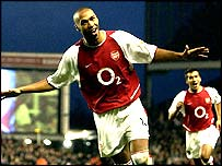 Thierry Henry celebrates goal for Arsenal