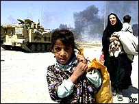 Iraqi civilians flee Basra
