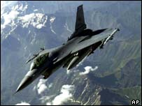 US Airforce F-16 aircraft