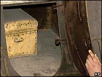 Box alleged to contain Columbus's bones in Seville